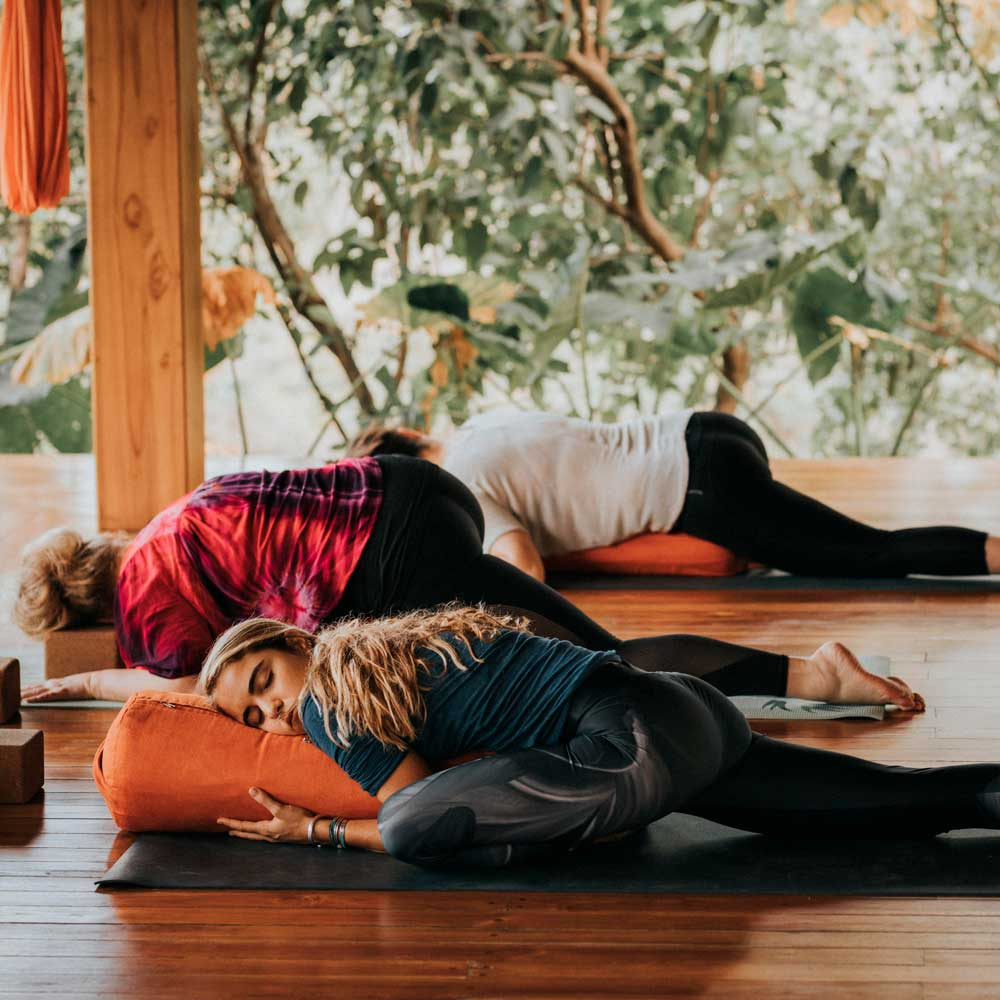 What is the difference between restorative yoga and yin yoga